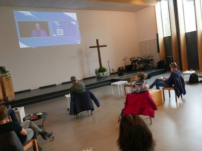 Die tsc-Netzwerk-Konferenz 2020 wurde auch live in Gemeinden übertragen, zum Beispiel in die Chrischona-Gemeinde Schöftland-Rued.